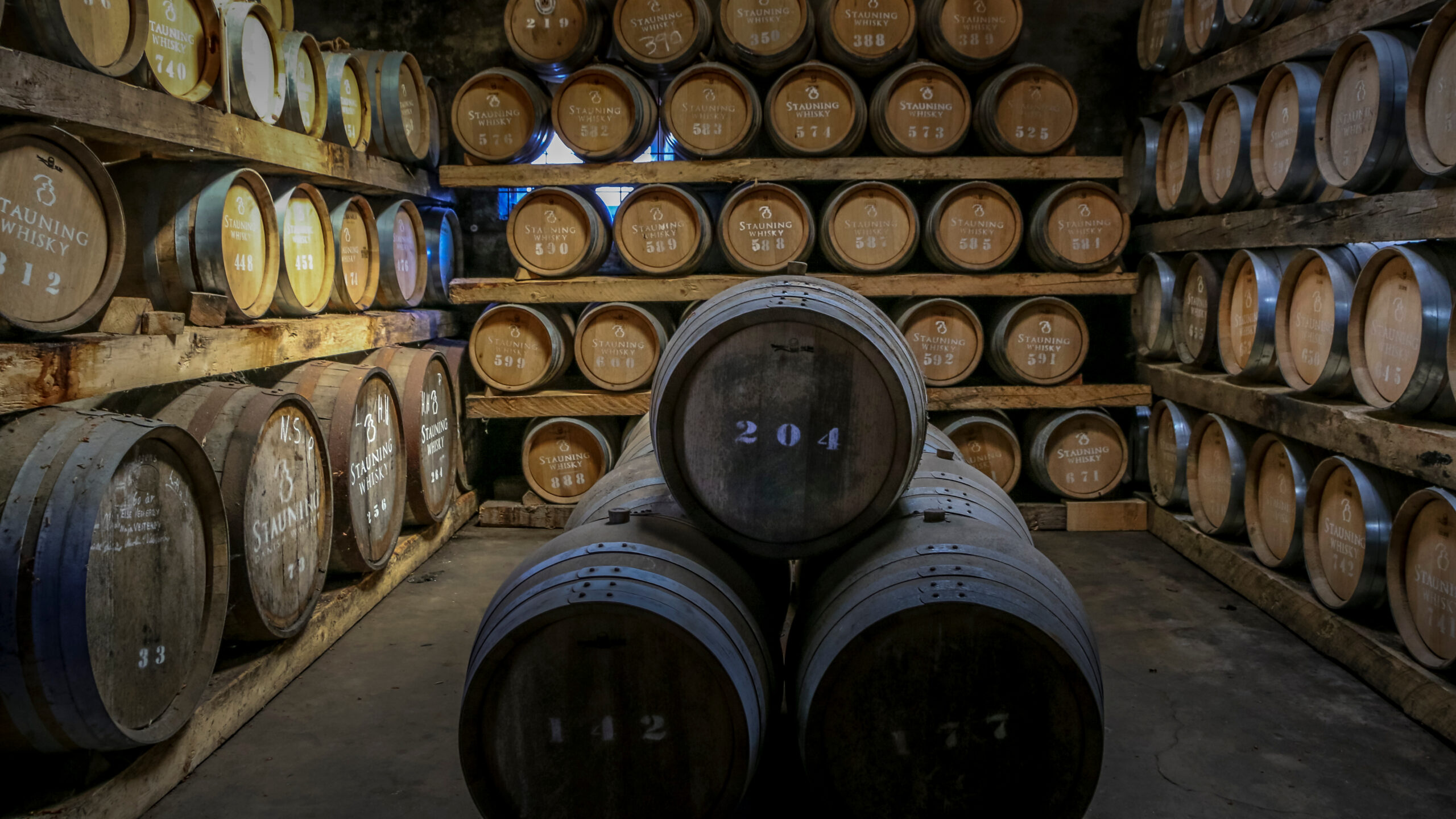 Why Investors Are Piling Into Whisky Cask Investing Webinar